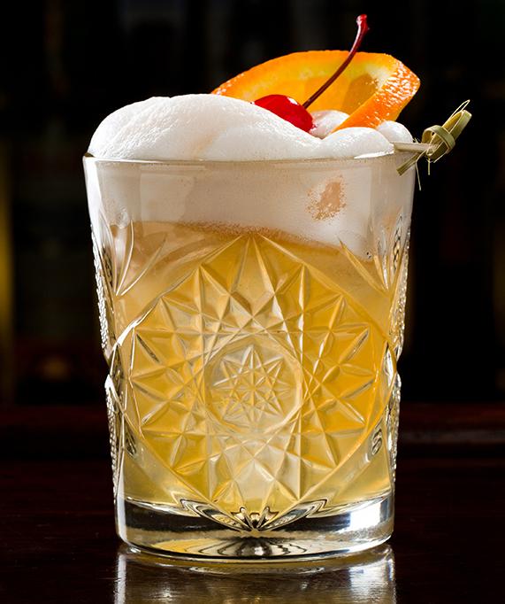 Whiskey Sour Cocktail Recept Klaar